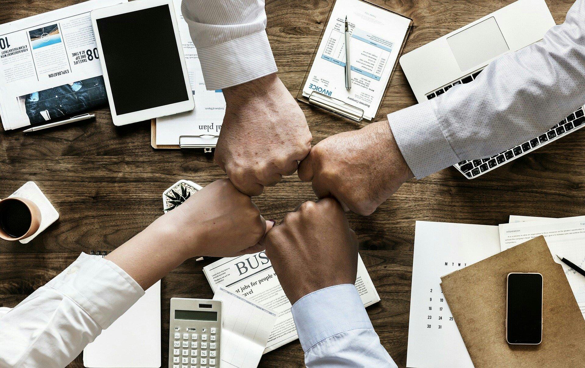Zusammenarbeit wird bei DO24 groß geschrieben.